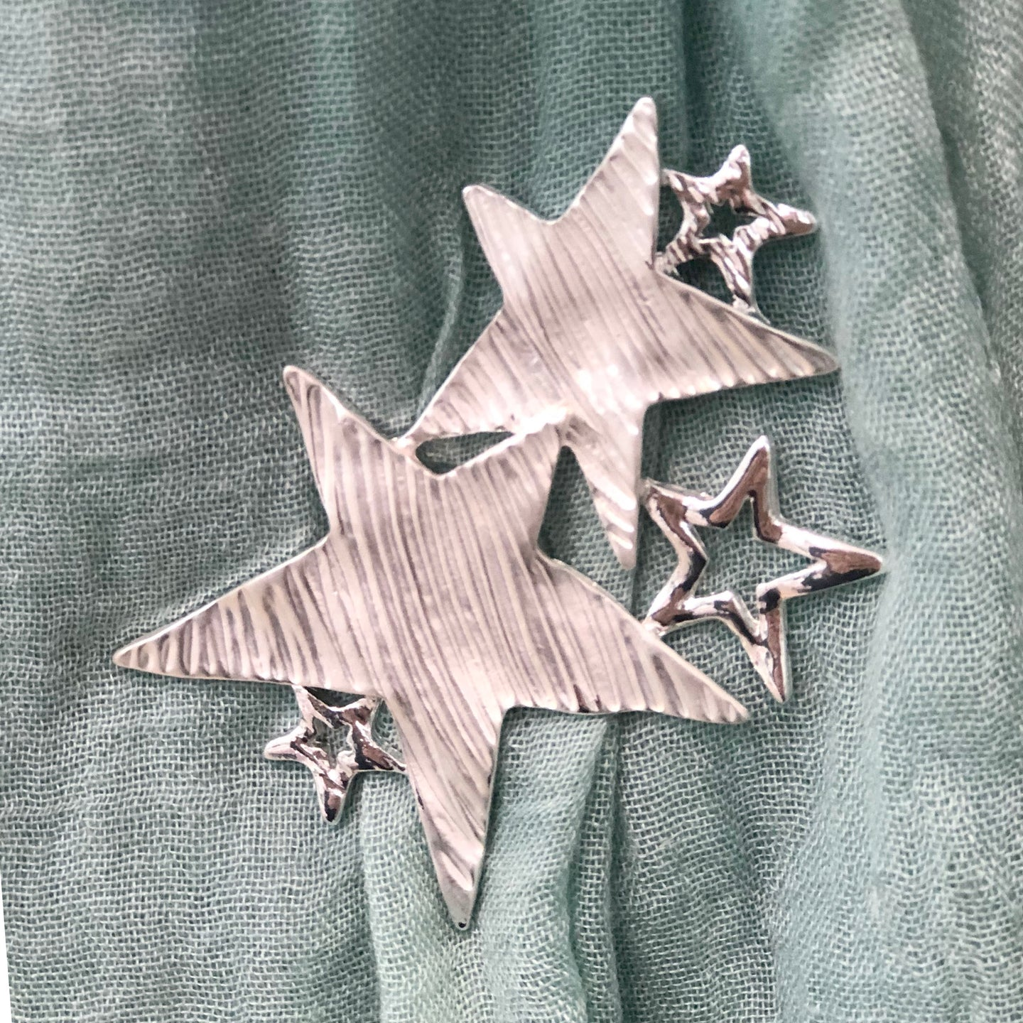 Star Scarf Magnet
