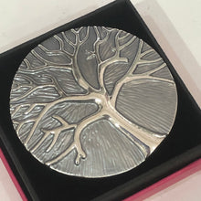 Tree of Life Scarf Magnet Dark Silver