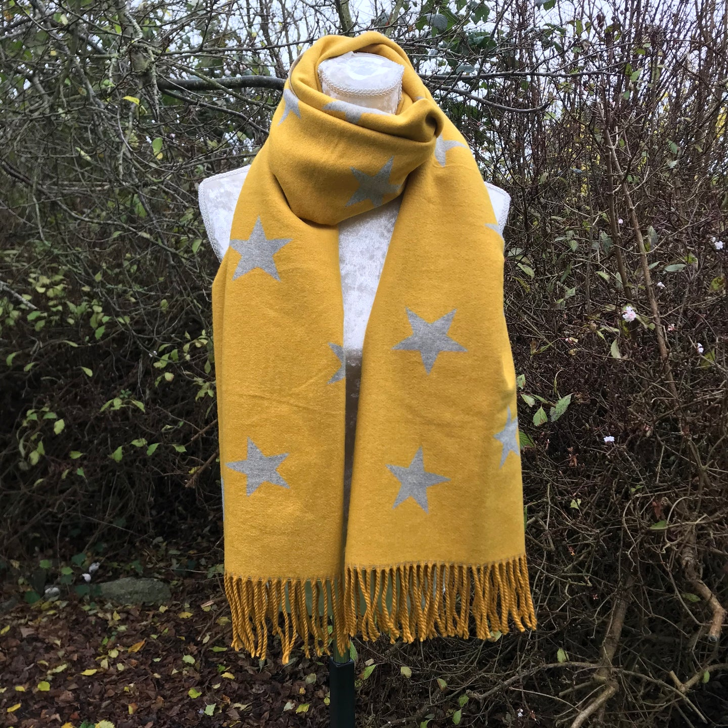 Star Pashmina in Yellow