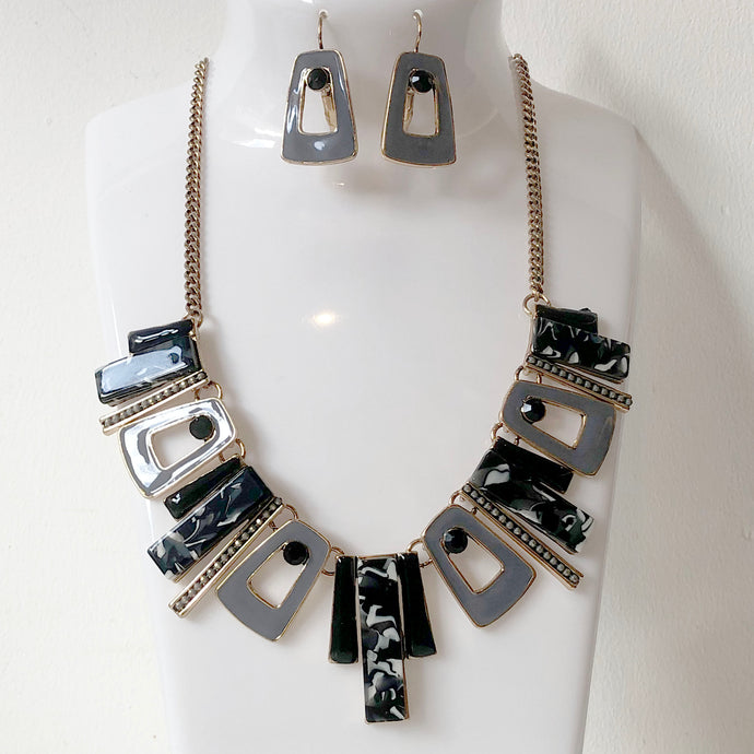 Black Abstract Parisian Necklace