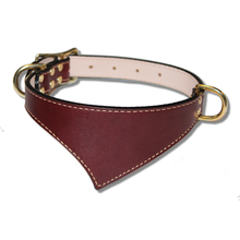 Shark Fin™ Collar, Trail Classic Style, Burgundy with Brass Hardware