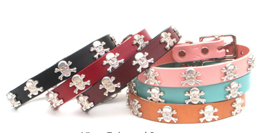 High Quality leather dog collar adorned with Skull and Cross Bones ornaments