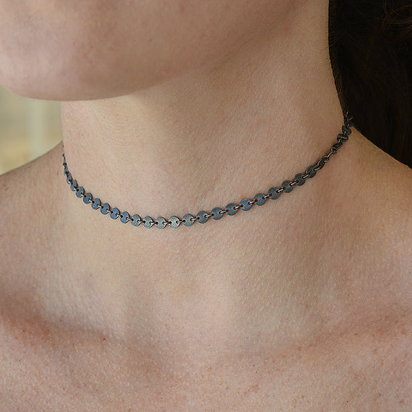 Small Disc Chain Choker Necklace