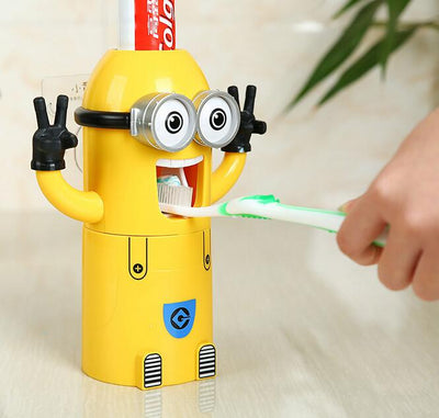 Le Super Mignon Distributeur Automatique de Dentifrice - Boutique Maman