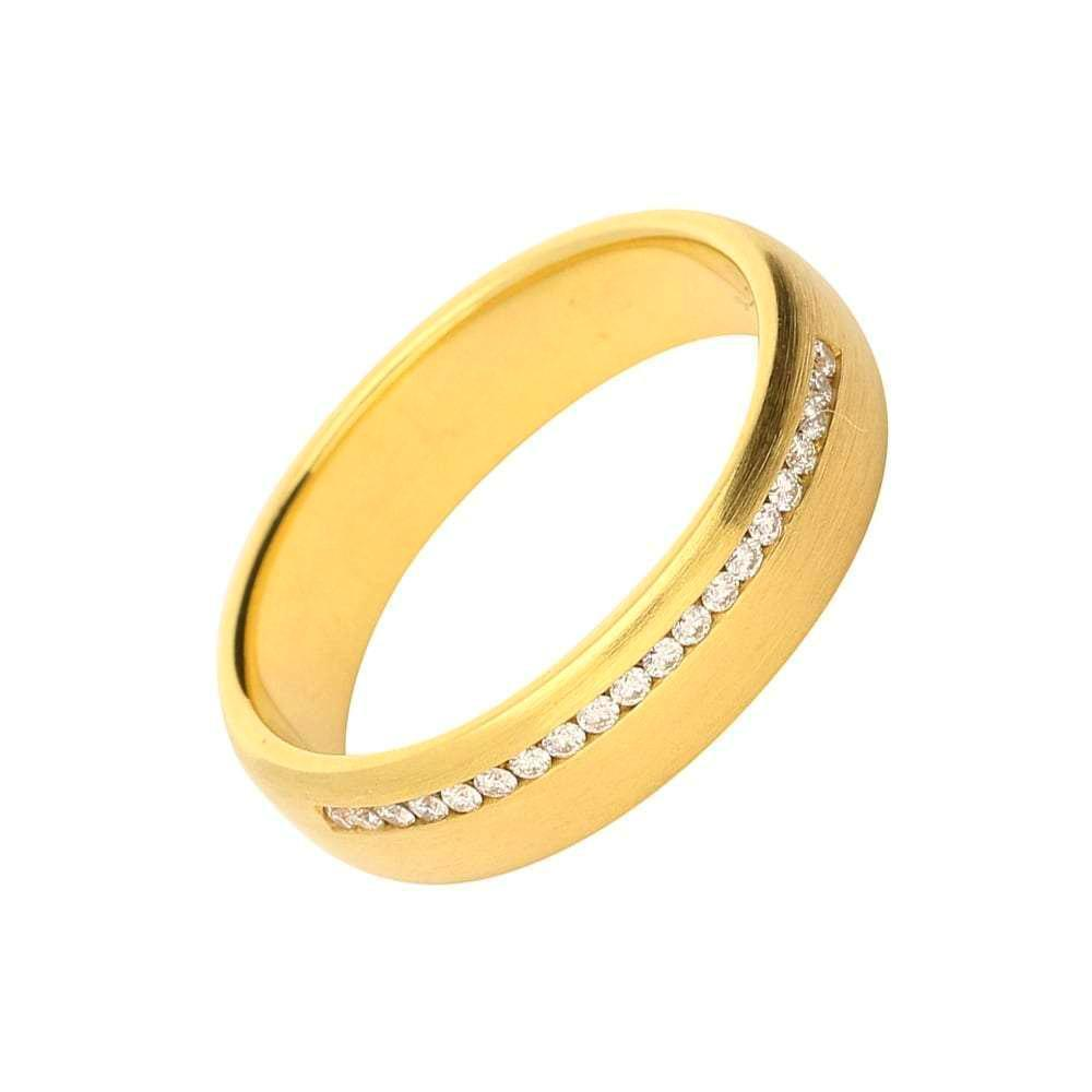 Gerstner Ring Gerstner 18ct gold off set channel set diamond band