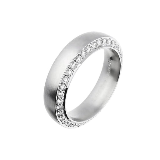 Henrich & Denzel Ring Comfort fit platinum band with brilliant cut side set diamonds