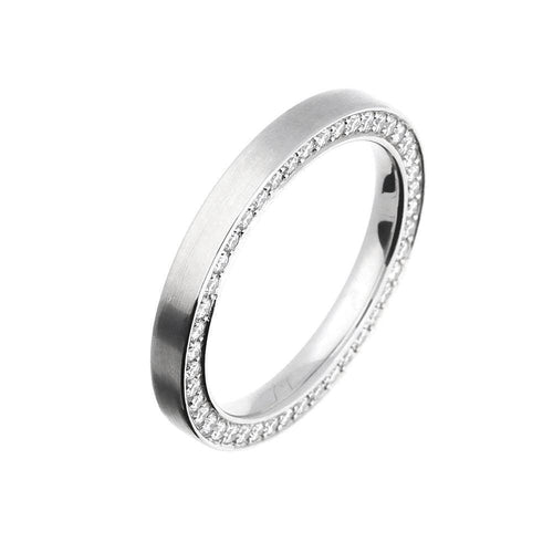 Henrich & Denzel Ring Flat profile platinum band with diamonds set on the side
