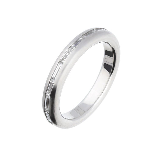 Henrich & Denzel Ring Platinum band set with vertical baguette cut diamonds
