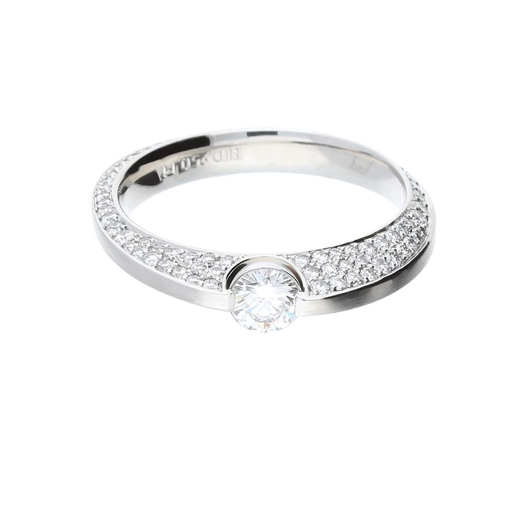 Henrich & Denzel Ring Platinum brilliant cut and pave set Diamond ring