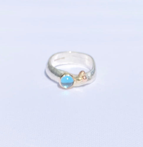 Sally Ratcliffe Silver and gold blue topaz pebbles ring