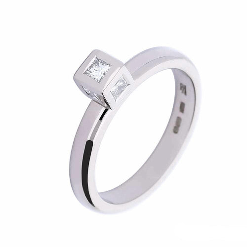 Rock Lobster Ring 18ct white gold and diamond cube ring