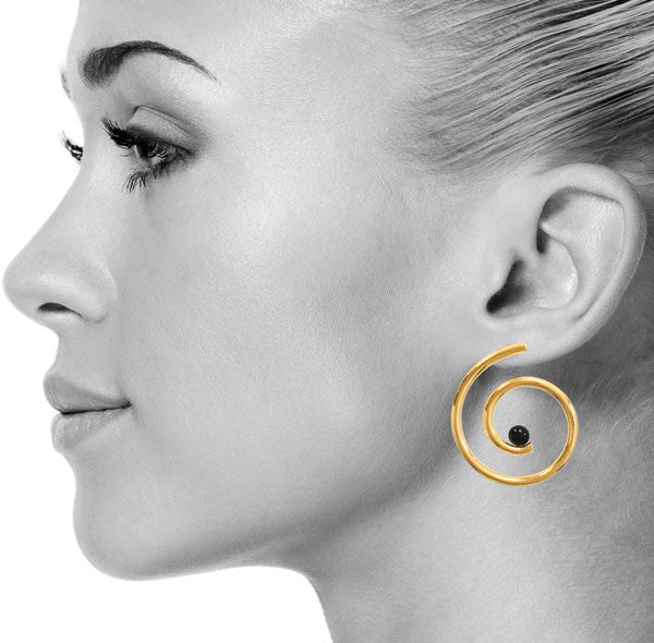 Nautilus Earrings in Gold