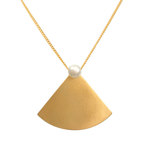 Pearl Fan Necklace in Gold