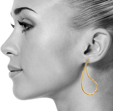 Paisley Earrings in Gold