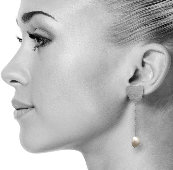 Patra Earrings in Silver