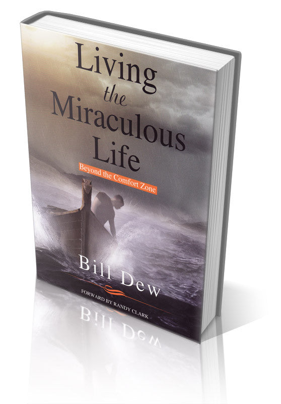 Living the Miraculous Life - Paperback