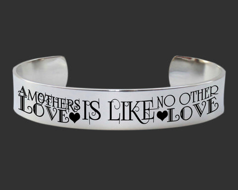 A Mothers Love Bracelet | Gift for Mom