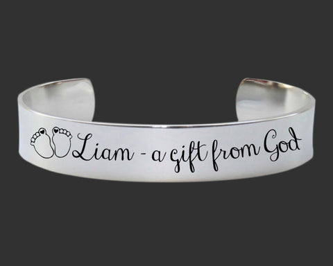Mother's Personalized Bracelet | New Mom Gift