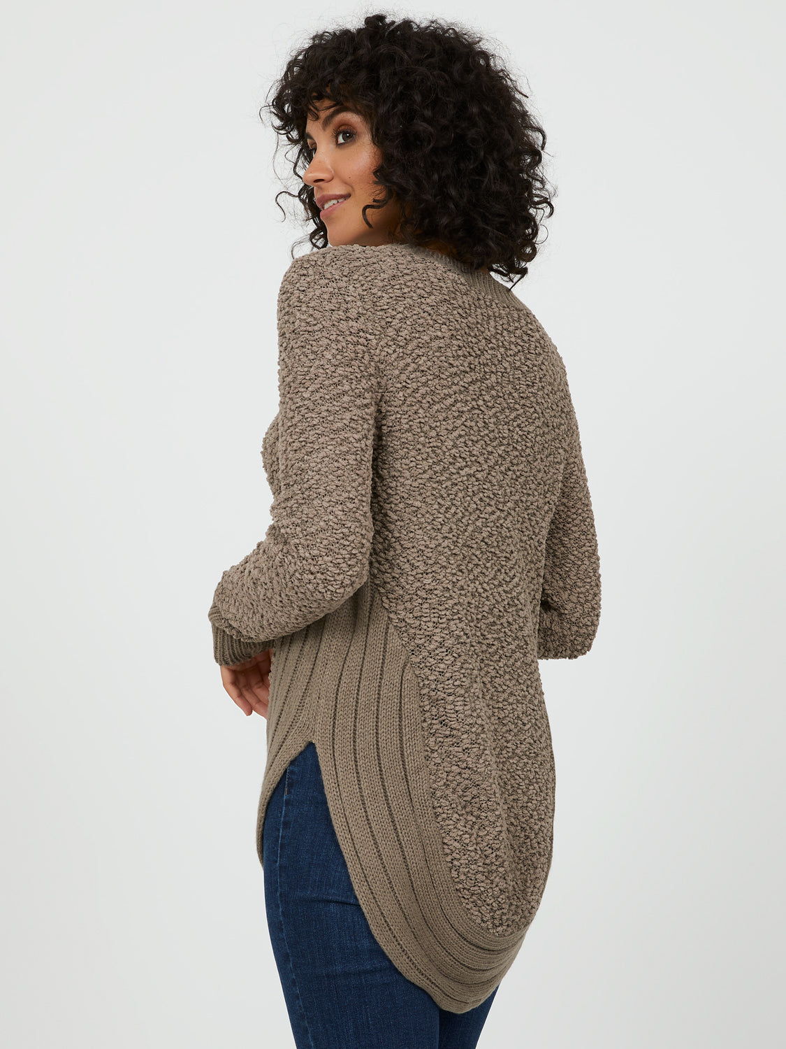 Crew Neck Popcorn Yarn Sweater