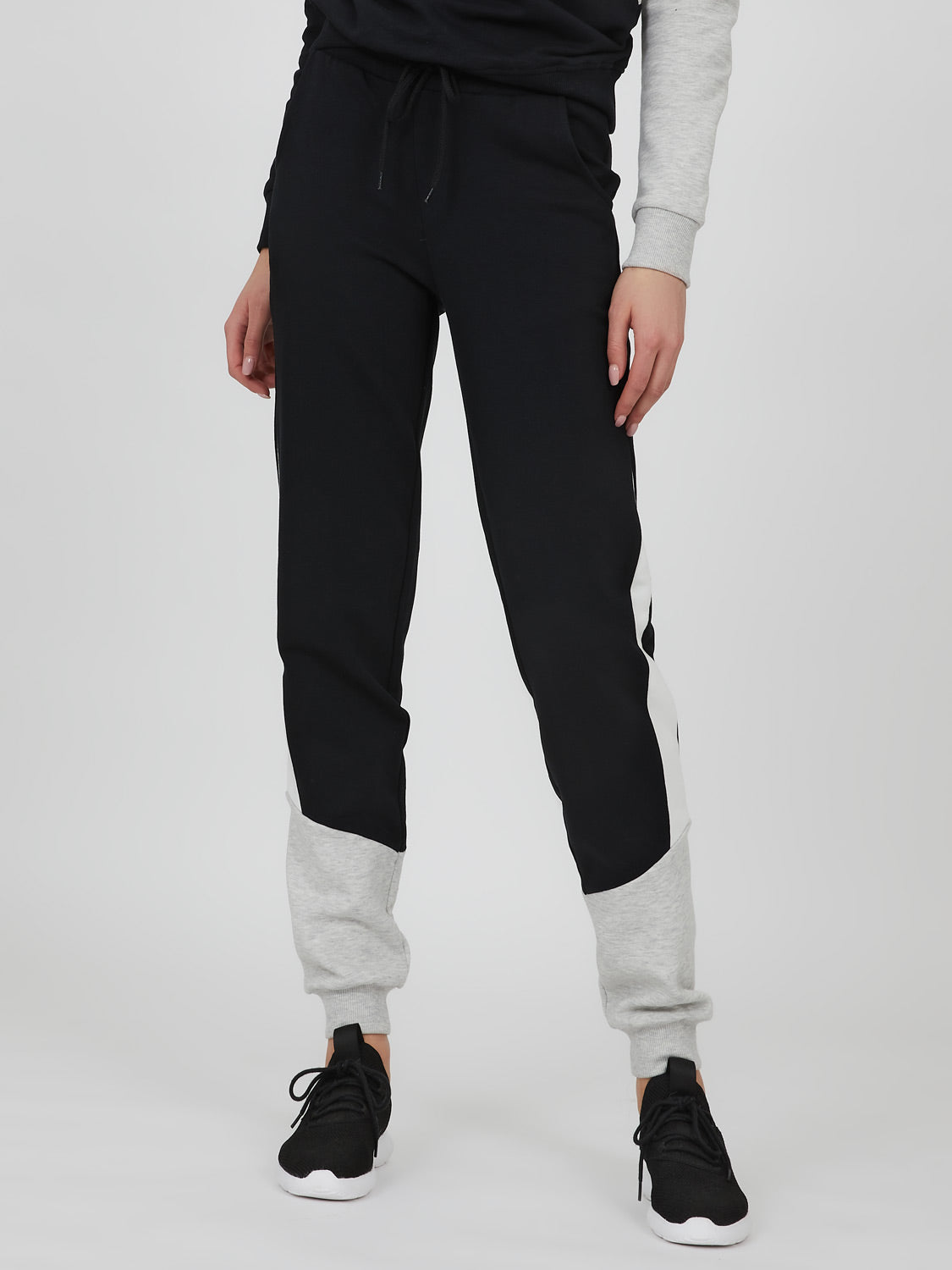 Pantalon en molleton à blocs de couleur