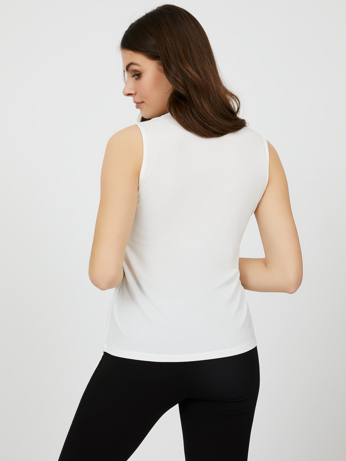 Sleeveless V-Neck Trim Top