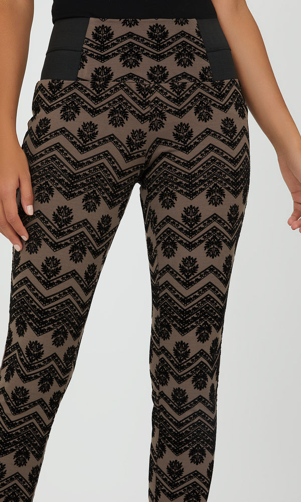 Pull-On Chevron And Floral Leggings