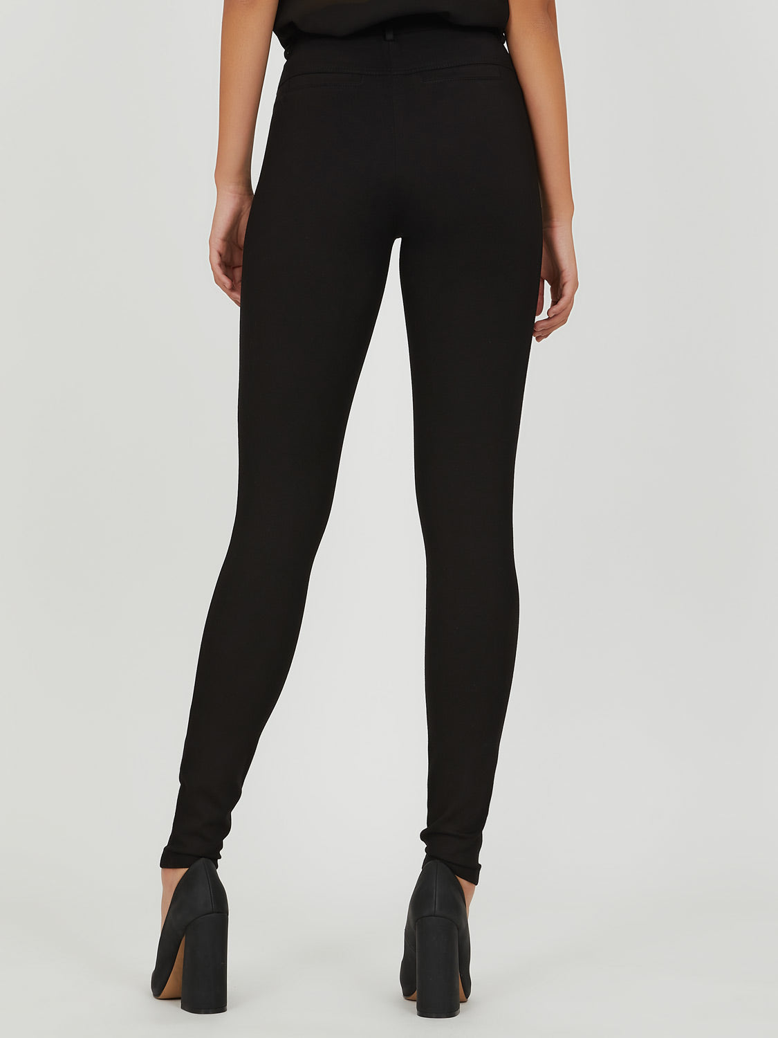 Skinny Fit Pull-On Pant