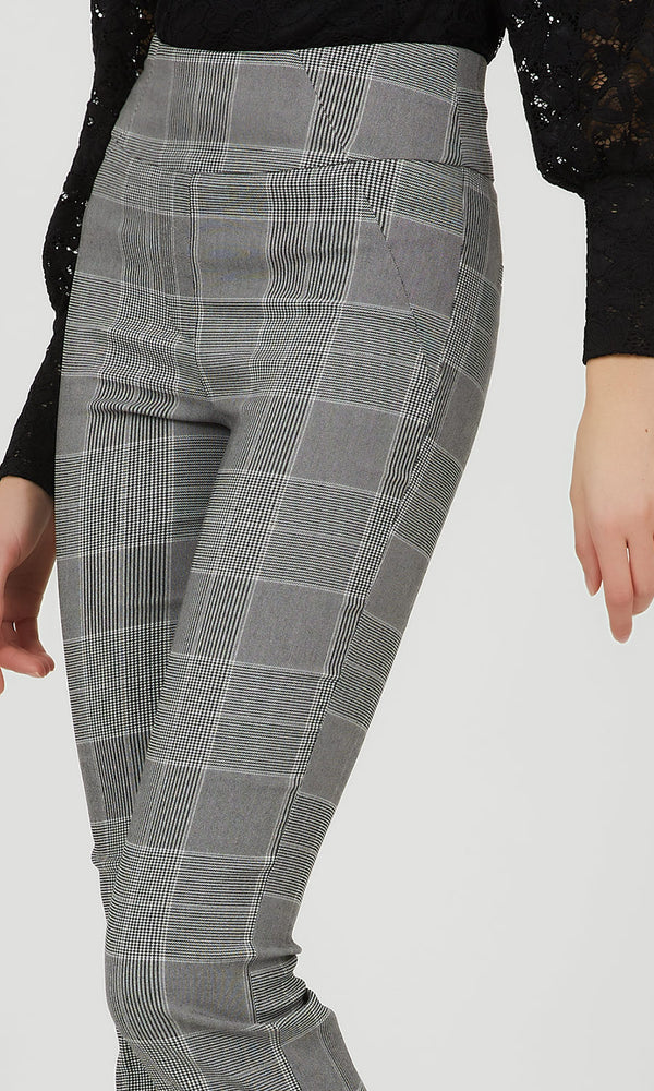 Wide Waist Glen Plaid Cropped Pant