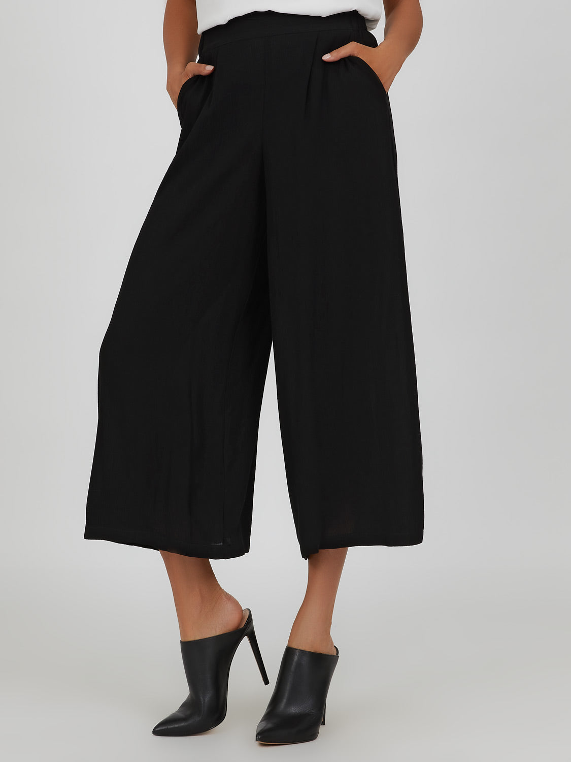 Pull-On Pleated Gaucho Pant