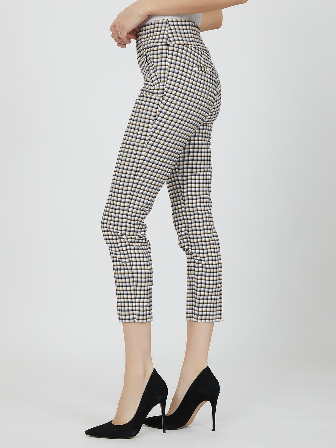 Wide Waistband Pull-On Capri Pant