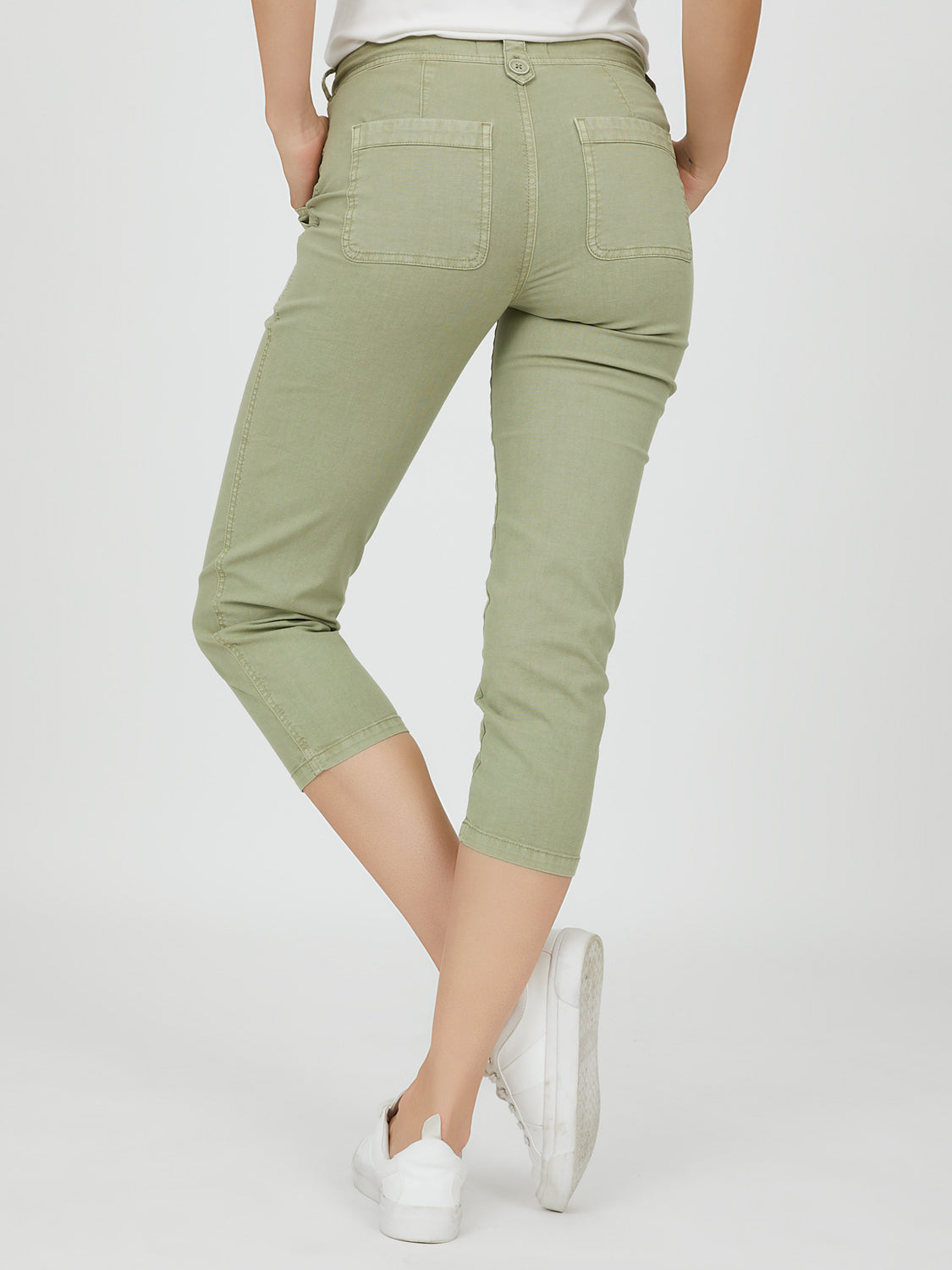 Slim Fit Capri Pant