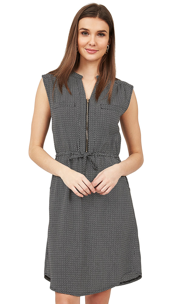 Sleeveless Geo Print Shirtdress With Front Zip