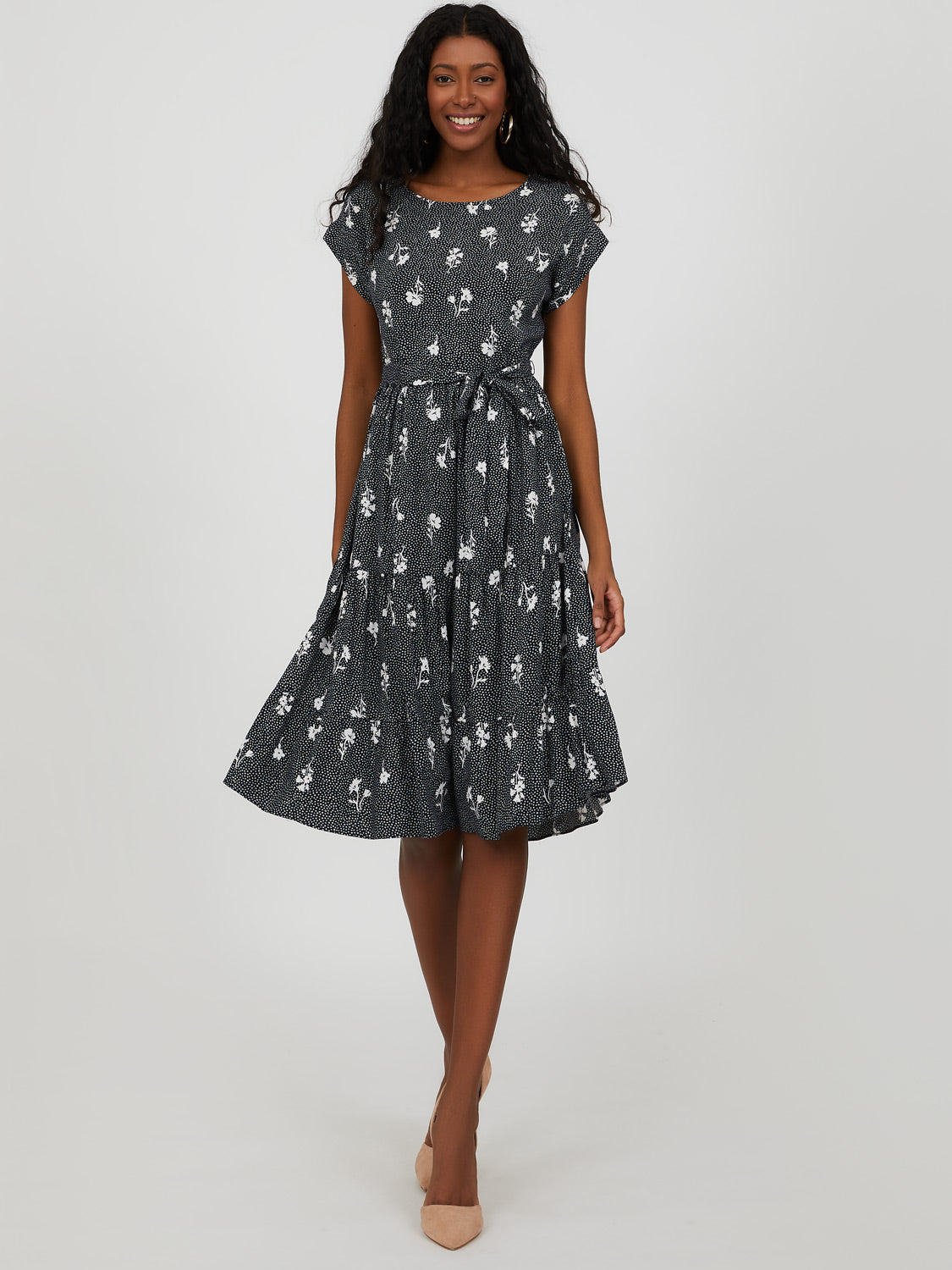 Short Sleeve Tiered Ditsy Floral Midi Dress