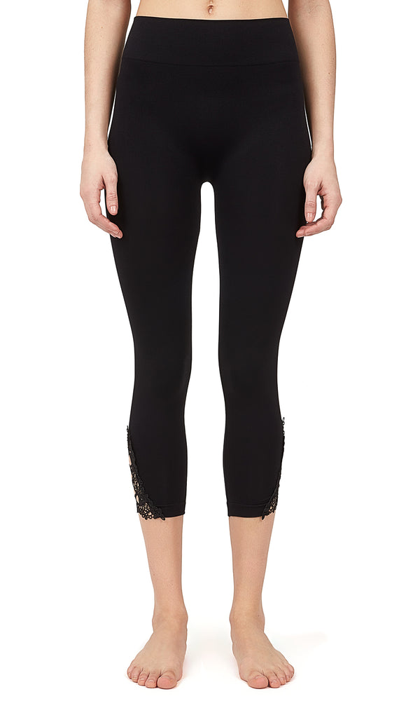 Lattice Hem Seamless Capri Legging