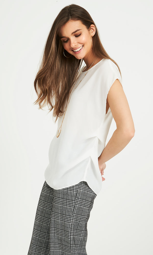 Capped Sleeves Chiffon Blouse