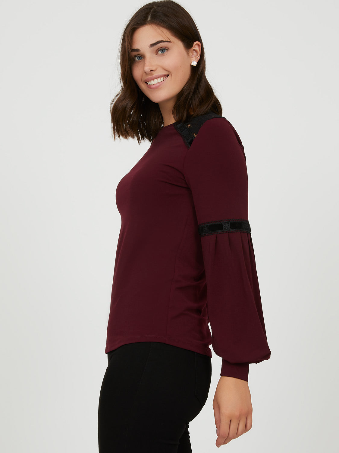 Lace & Ribbon Crew Neck Top