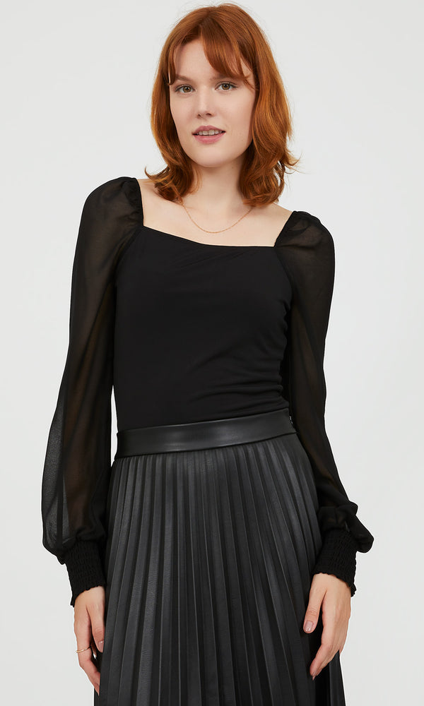Chic Chiffon Puff Sleeve Top