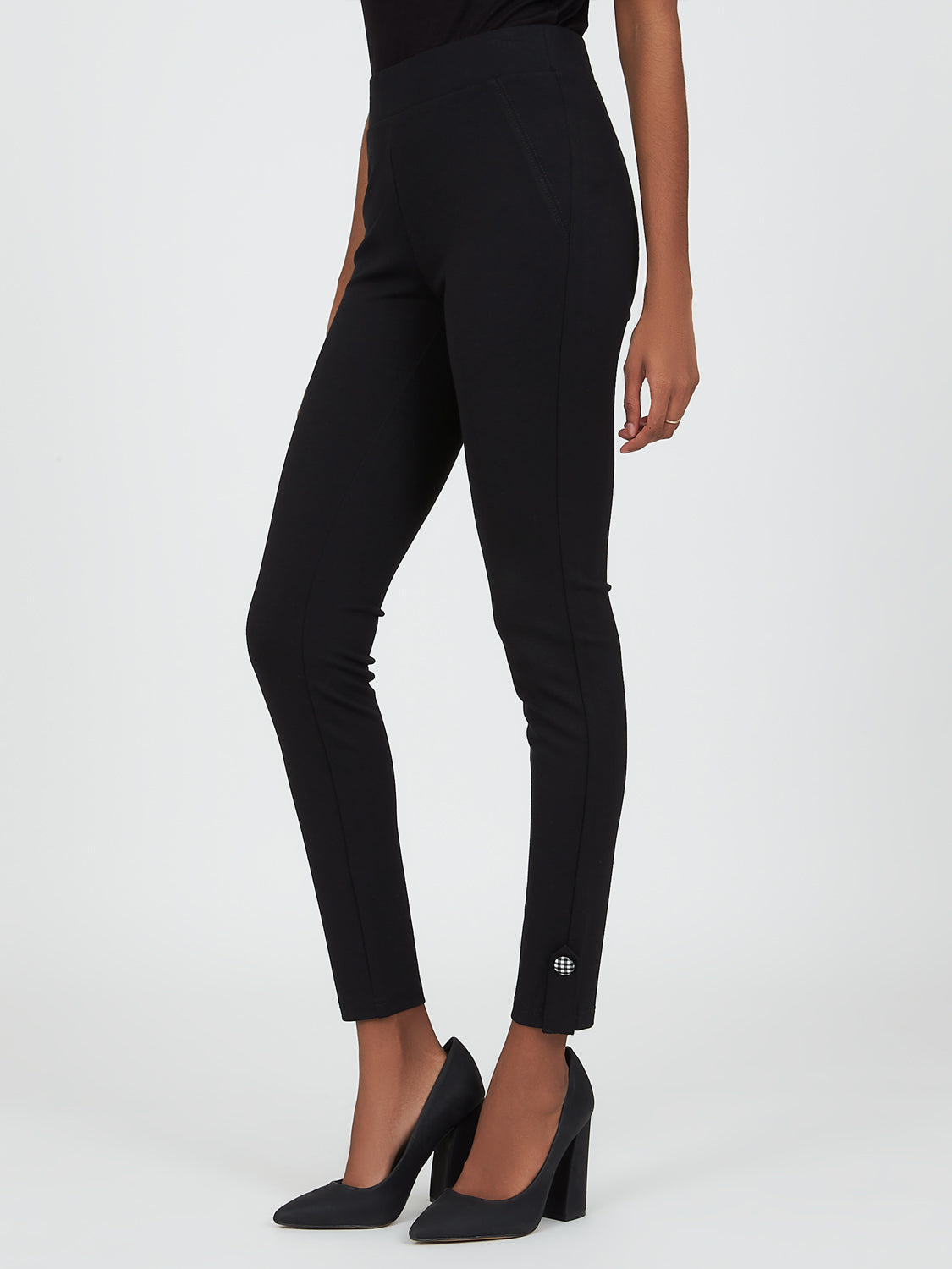 Pull-On Skinny Fit Pant