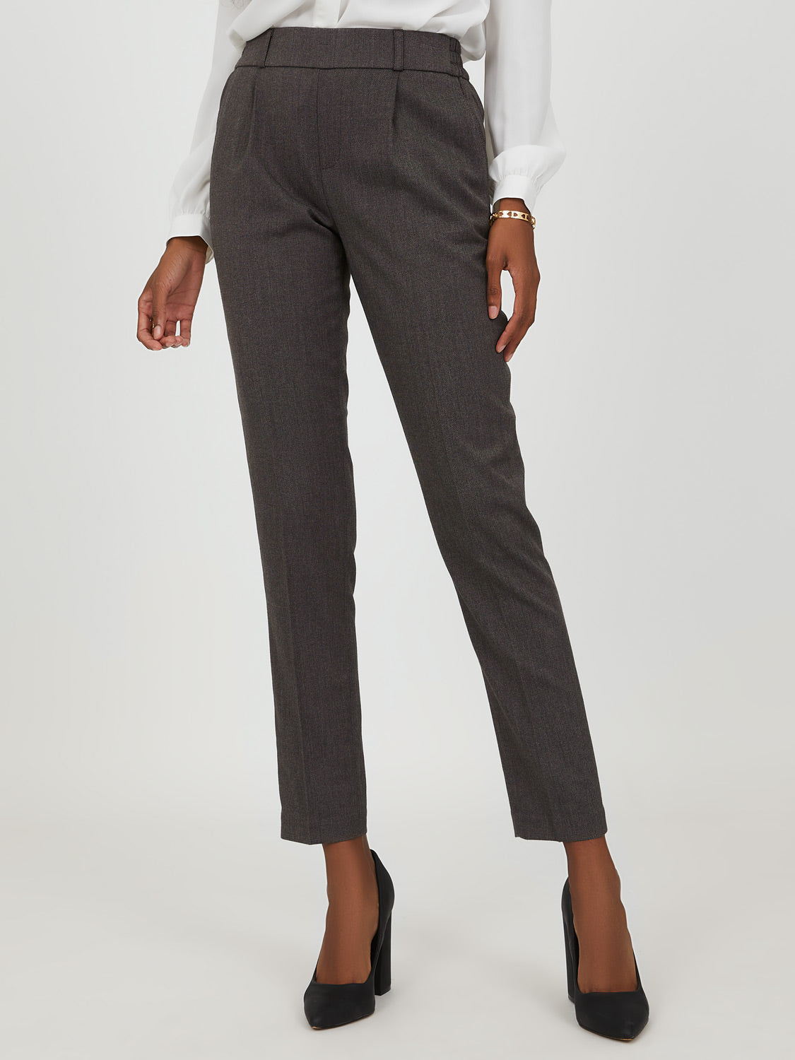 Pleated Jogger Trouser