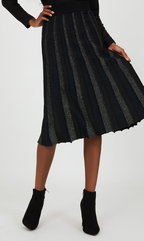 Pleated Metallic Sweater Knit Skirt
