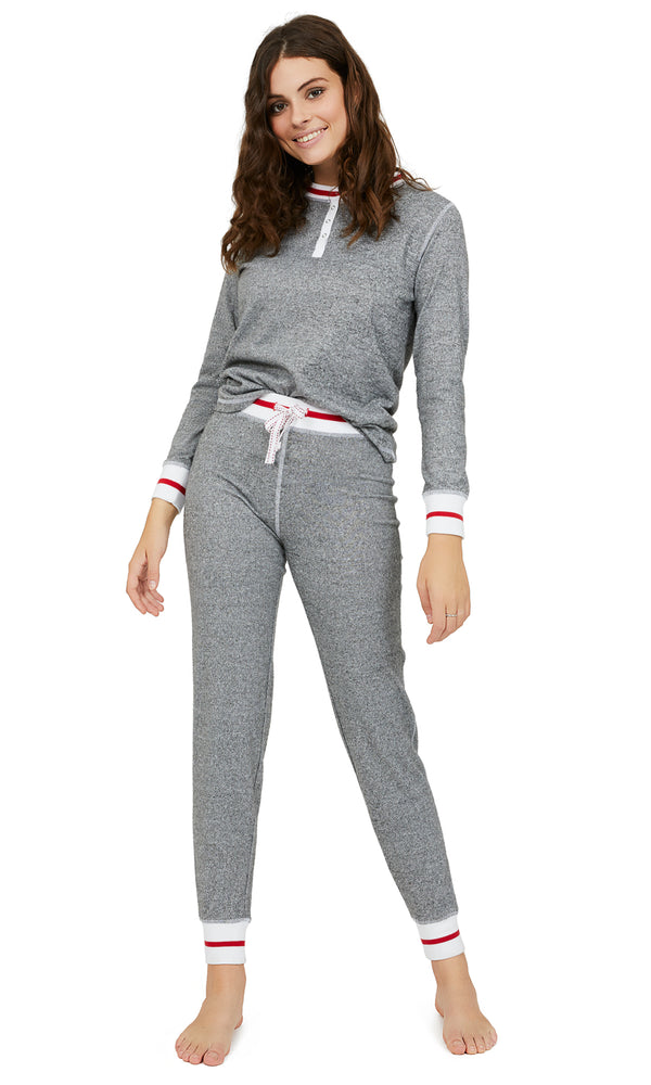 2-Piece Long Sleeve Henley Chalet Pyjama Set