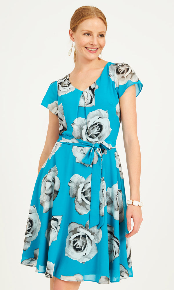 Fit & Flare Floral Dress With Flutter Sleeves