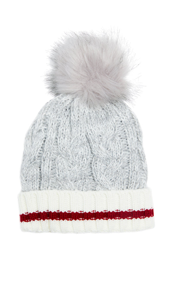 Cable Knit Chalet Tuque With Pom Pom