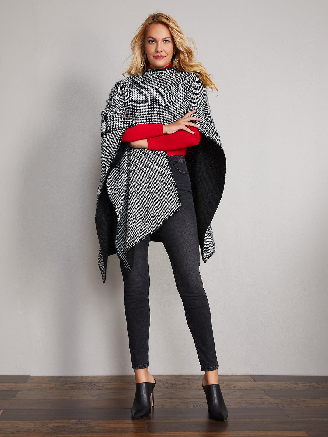 Reversible Houndstooth Cape