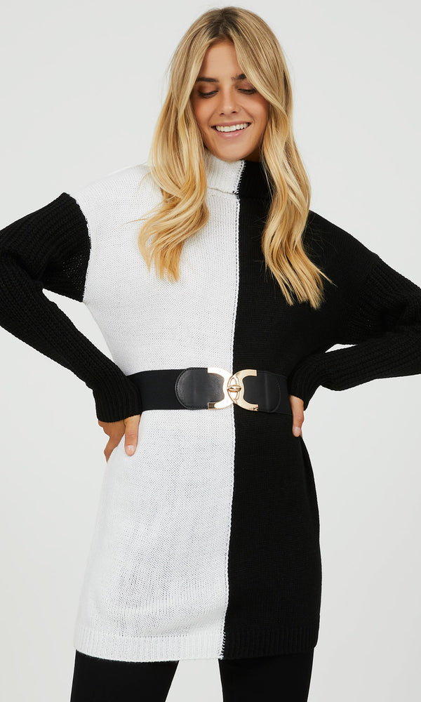 Stretchy C-Buckle Belt