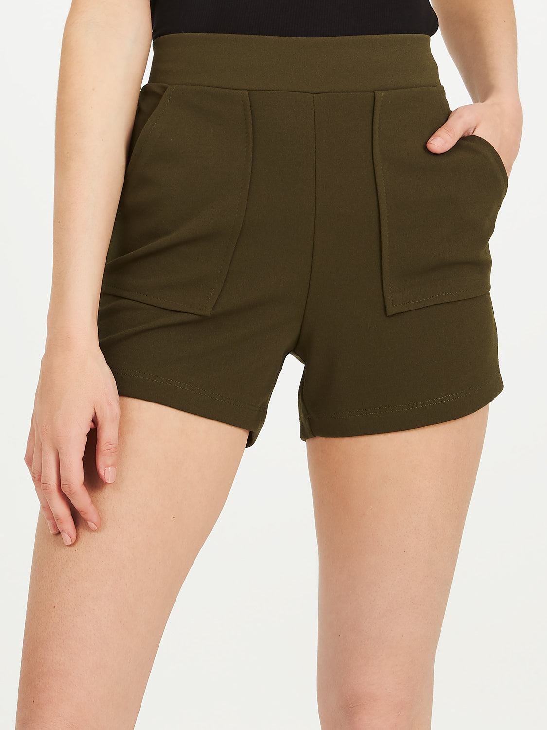 Techno Crepe Shorts With Stitched Pockets