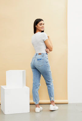 High Rise Stretch Mom Jean