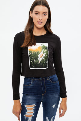 Crop Daisy Long Sleeve Graphic Tee