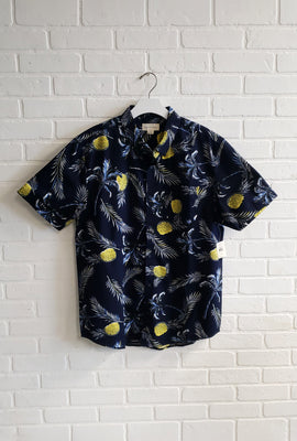 Aéropostale Pineapple Short Sleeve Shirt