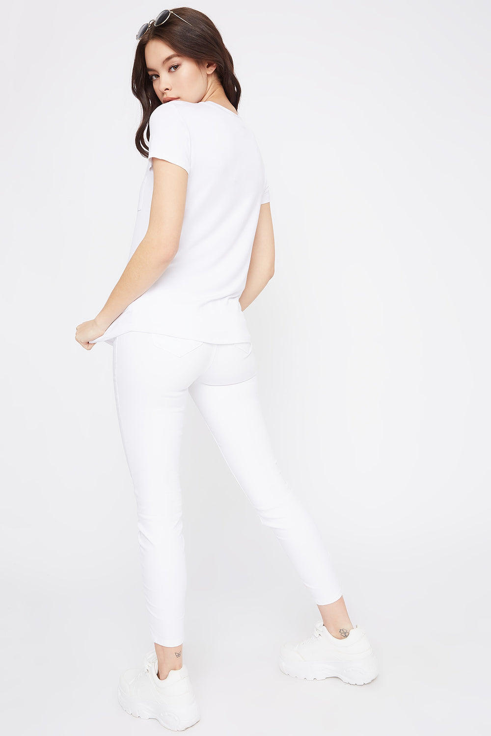 Relaxed Crew Neck Pocket T-Shirt White